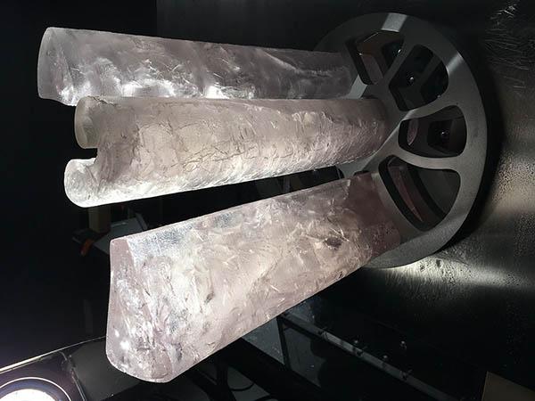 Da Vinci - Ice Ident - Ice cores in situ